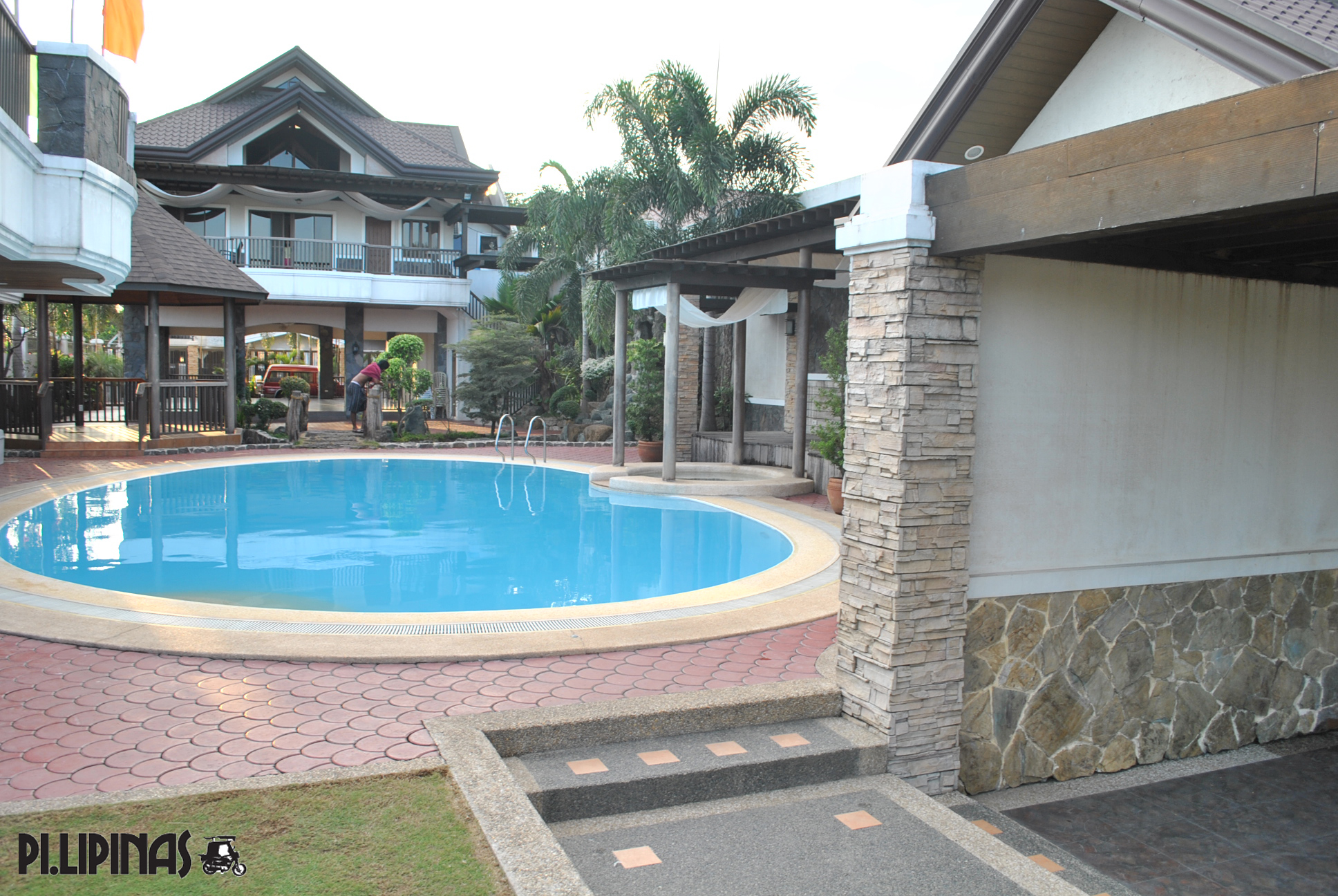 Flamingos garden resort private pool garden ftempo Private swimming pool for rent in cavite
